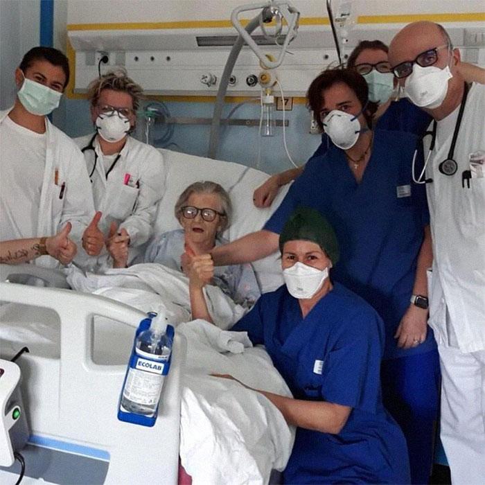 La 1ª Persona Que Se Recupera Del Covid-19 En La Provincia De Módena (Italia) Es Esta Abuela De 95 Años
