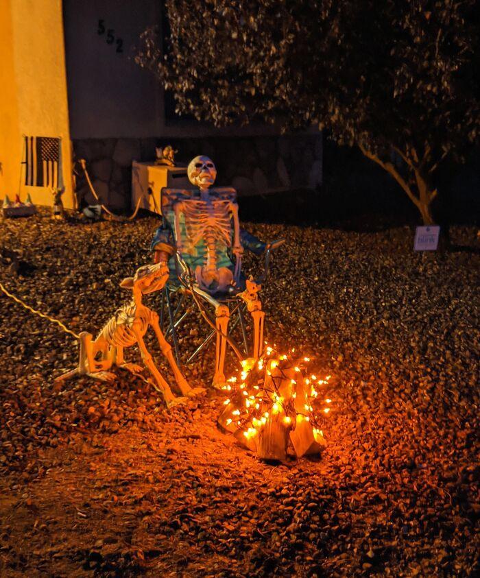 53 Años Y Es La 1ª Vez Que Decoro En Halloween. Soy Yo Esperando Al 2021