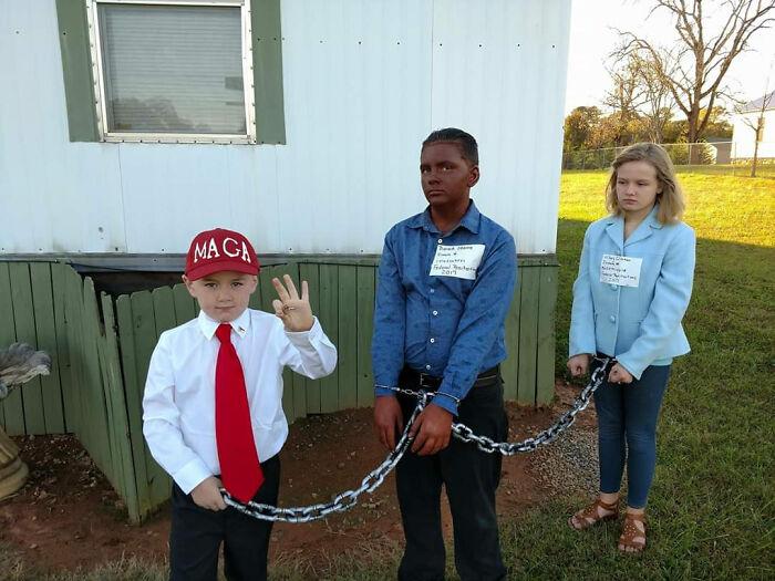 Imagina Permitir O Animar A Tus Hijos A Disfrazarse Así En Halloween
