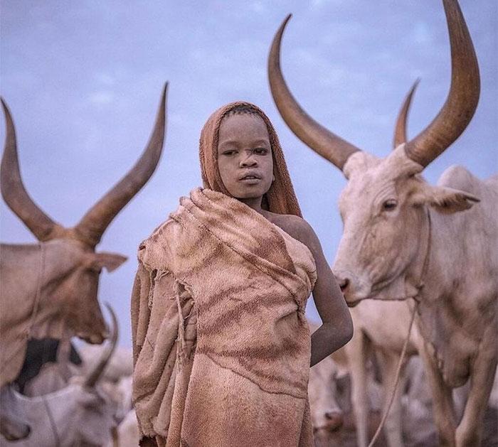 Fotógrafo Italiano Muestra Cómo Es La Infancia En Diferentes Rincones Del Mundo (30 imágenes)