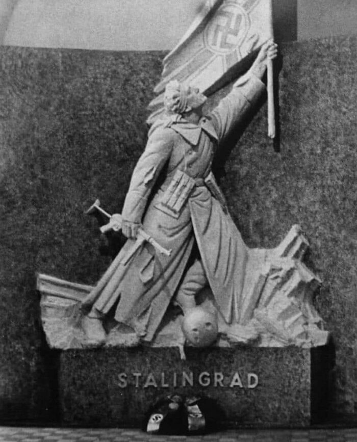 Monumento De La Victoria Alemana En Stalingrado