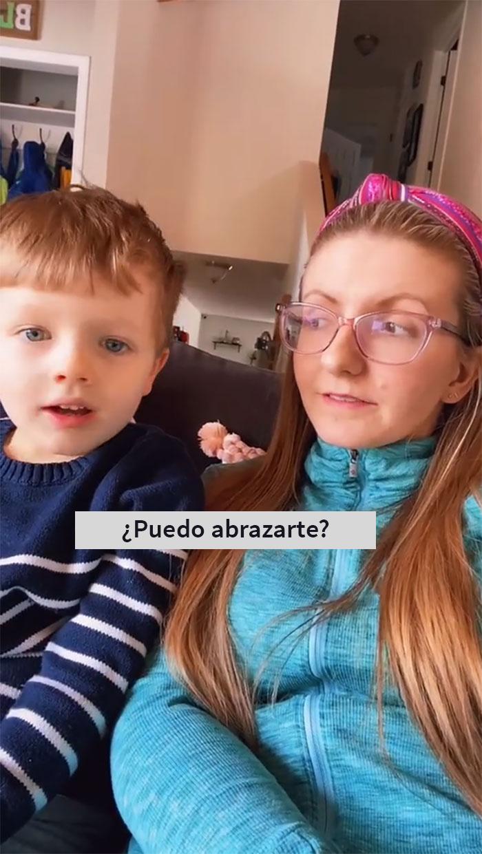 Esta madre explica cuán sencillo es enseñar a los niños sobre el consentimiento y la gente lo aplaude